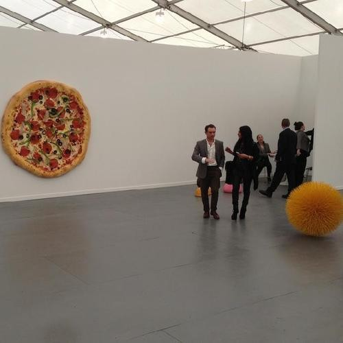 Sales and Sightings at Frieze New York