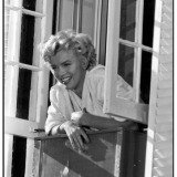 Bob Henriques, New York. US actress Marilyn Monroe on the set of the film &quot;The Seven Year Itch&quot;, directed by Billy Wilder. 1955.